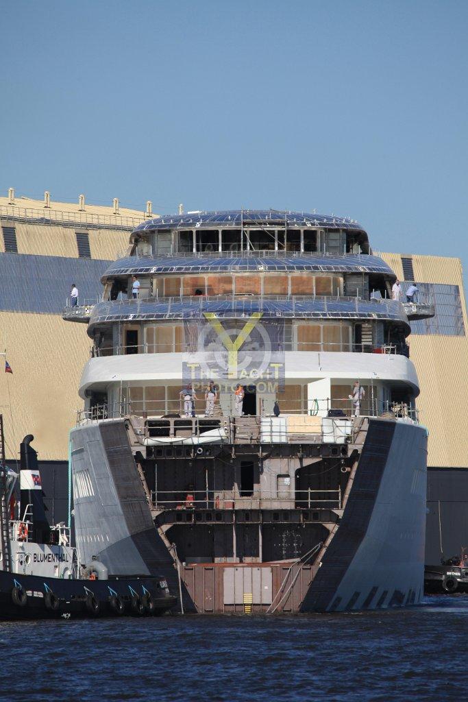 Motor Yachts: Motor Yacht Azzam